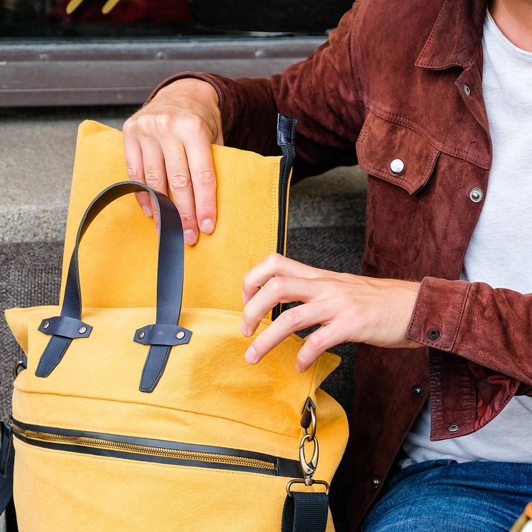 Edward-laptop-case-ochre-image-3