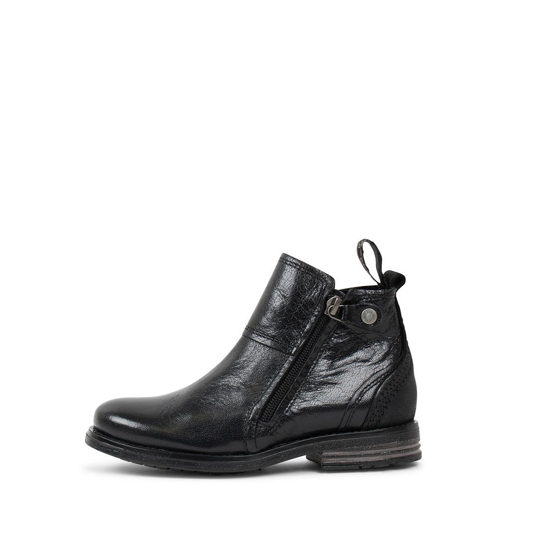 Heron-Kids-black-boots.2