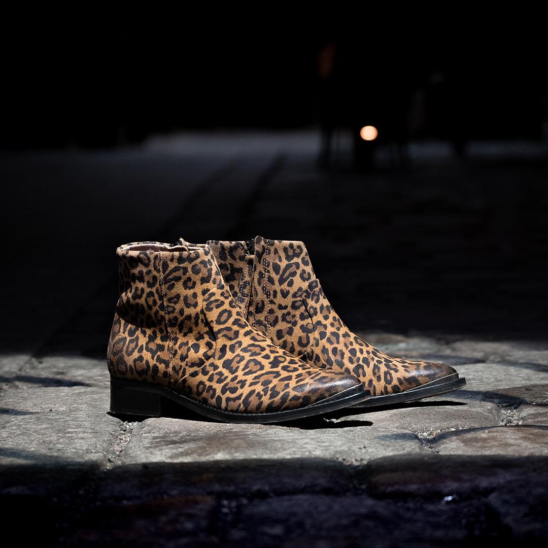 Electric W Beige Leopard