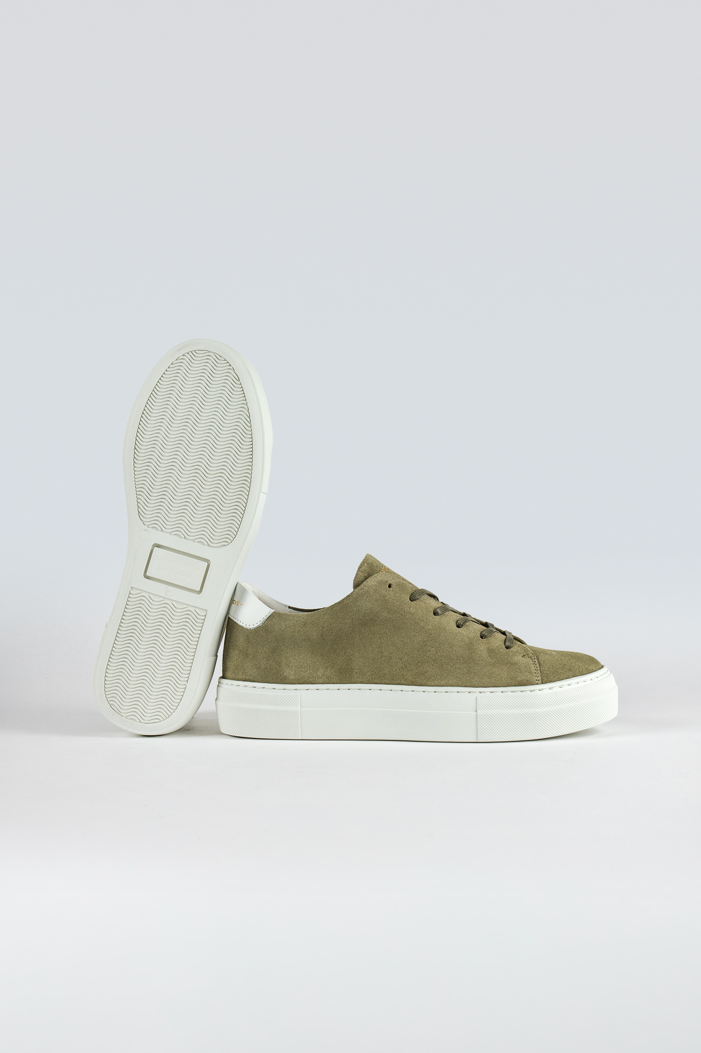 Moore W Suede Olive