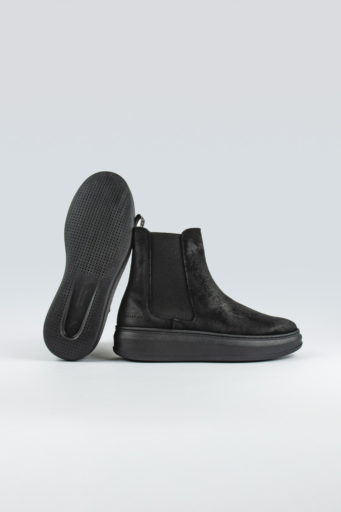 Valid Suede Black