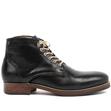 Banished-worker-boot-leather-black-side