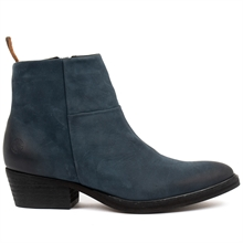 Dashed-heels-boots-nubuck-blue-side