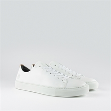 less-leather-white-pair
